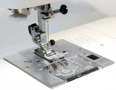 Janome 7330 Magnolia Sewing Machine Closeup