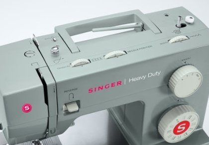 SINGER 4423 Heavy Duty Sewing Machine Top